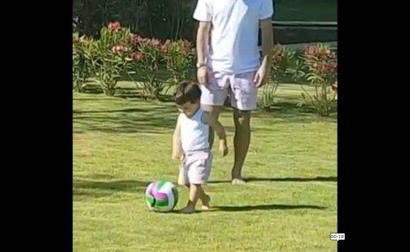 Arda Turan'ın oğlu Hamza Turan futbola erken başladı!   İZLEYİN