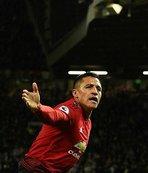 Manchester United geri döndü!