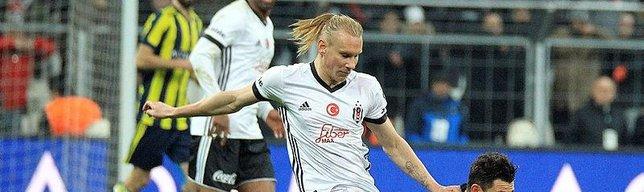 Beşiktaş derbiyi kazandı! Caps'ler patladı!