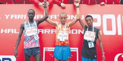 Vodafone İstanbul Yarı Maratonu'nda iki rekor