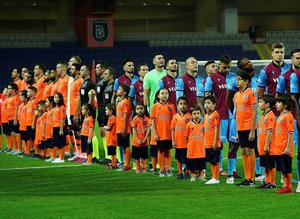 Trabzonspor'da yerel basın öfkeli! ''Bizim yolumuz kesilip...