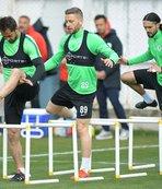 Atiker Konyaspor M.Başakşehir hazırlıklarına devam ediyor