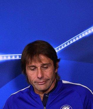 Chelsea oyuncuları Conte'den memnun değil!