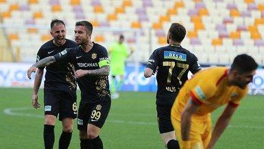 Son dakika spor haberi: Yeni Malatyasporlu Adem Büyük gol sayısını 14'e çıkardı