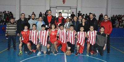Eskişehir Basket'in yıldızları panele katıldı