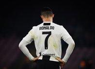 İtalya'da yer yerinden oynadı: Juventus'ta parti skandalı!