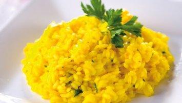 Kolay safranlı risotto tarifi! Safranlı risotto nasıl yapılır?