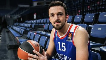 Türk yıldız Barcelona'da! Transfer resmen açıklandı