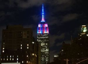 Empire State Binası, Barcanın renkleriyle aydınlandı