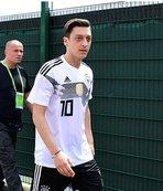 Mesut Özil de o dizinin hayranı çıktı!