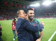 "Galatasaray taraftarından Arda Turan resti! ""O gelmezse..."""