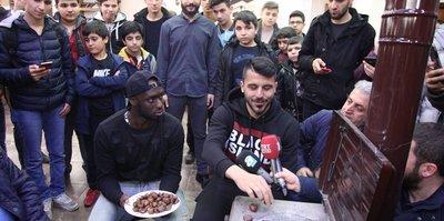 Yeni Malatyasporlu öğrencilerle buluştu