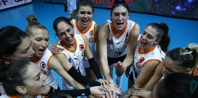 2 Turkish teams in semis for world title
