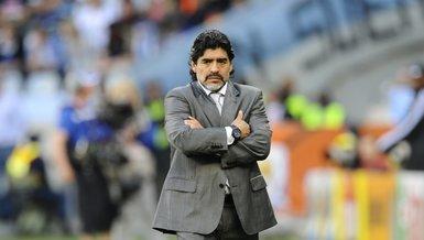Son dakika: Diego Armando Maradona hayata gözlerini yumdu