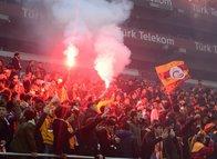 Galatasaray taraftarları idmana akın etti