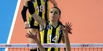 Fenerbahçe ilk maçta Galatasaray'ı geçti
