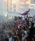 Hatayspor'un şampiyonluğu coşkuyla kutlandı! İşte o görüntüler...
