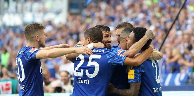 Schalke 04 üç golle kazandı