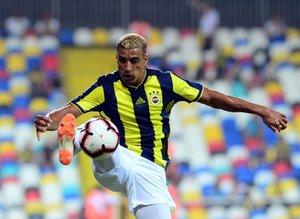 Fenerbahçeli yıldızın talipleri sıra oldu!