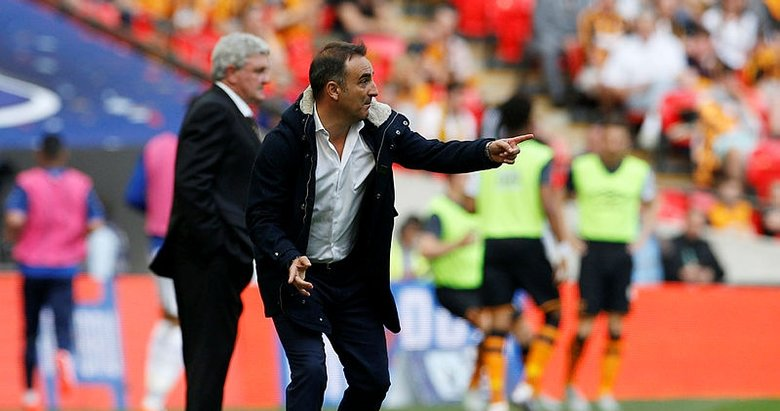 Fenerbahçe Phillip Cocunun yerine Carlos Carvalhale teklif götürdü
