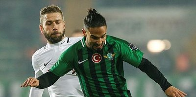 Akhisarspor ile Konyaspor berabere kaldı