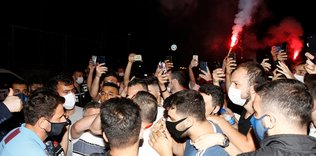 trabzonspora istanbulda coskulu karsilama 1593894535605 - Galatasaray'ın kader derbisi! İşte Terim'in planı