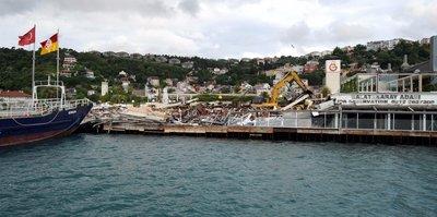 Galatasaray Adası'nda yıkım çalışması