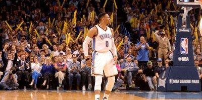 Westbrook'un 'triple-double'ı Spurs'e engel olamadı