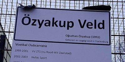 Hollanda'daki futbol sahasına Oğuzhan'ın ismi verildi