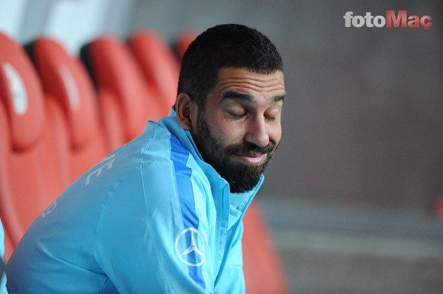 Son dakika: Göksel Gümüşdağ Arda Turan'a kapıyı gösterdi! Transfer haberleri...