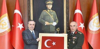 Mustafa Cengiz'den Orgeneral Avsever'e ziyaret