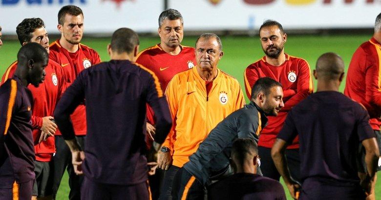Fatih Terim'den oyunculara sert uyarı