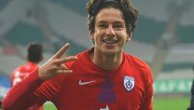 Son dakika transfer haberi: Trabzonspor'dan Enis Destan için son teklif!