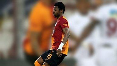Son dakika spor haberleri: Galatasaray Karagümrük maçında Ryan Donk kırmızı kart gördü! İşte o pozisyon