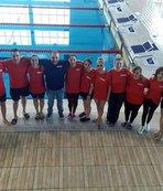 Edirne Gençlik Spor Yüzme Kulübü sporcularından 17 madalya