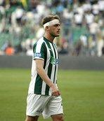 Bursaspor'da 3 oyuncu sezonu kapadı