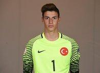 Berke Özer Fenerbahçe'ye!