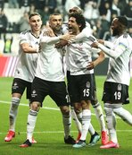 Beşiktaş'ta 4 yıldızın bileti kesildi! Yerlerine...