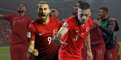 Euro 2020'ye yetişemeyeceklerdi! Erteleme kararına Cenk Tosun Merih Demiral böyle sevindi