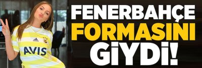 Alexandra Stan Fenerbahçe formasını giydi!