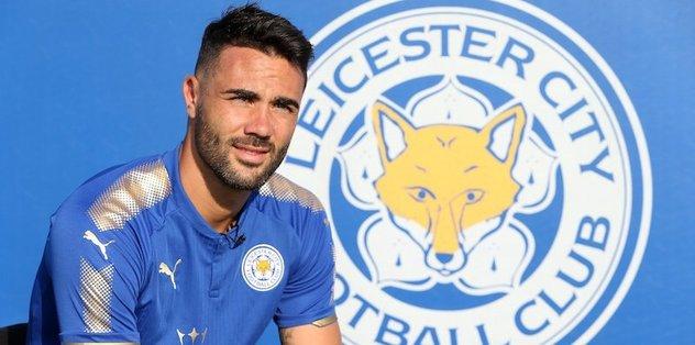 Leicester City, Iborra'yı transfer etti