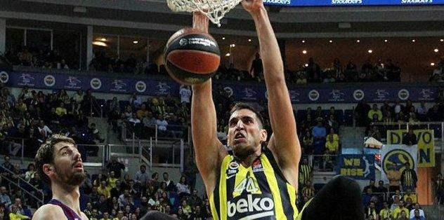 Fenerbahçe Euroleage'de tartışmasız lider
