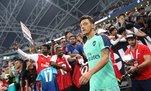 Mesut Özil sevgisi düşman çatlattı! Hakem kartını imzalattı Arsenal kaptanlığı verdi