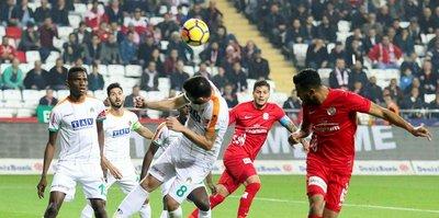 Antalyaspor 5 hafta sonra kazandı