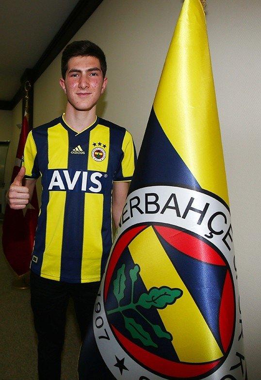 fenerbahceden altinorduya transfer iste anlasma detaylari 1598019760091 - Fenerbahçe'den Altınordu'ya transfer! İşte anlaşma detayları