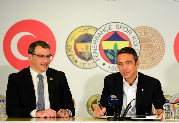 Fenerbahçe'den Barcelona çıkarması