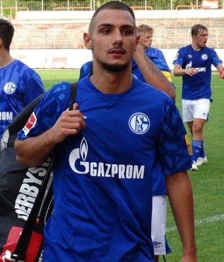 Schalke Suat Serdar ve Ahmed Kutucu'nun golleriyle güldü