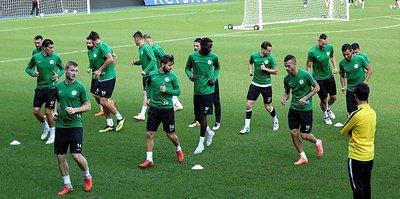 Atiker Konyaspor 3 eksikle çalıştı