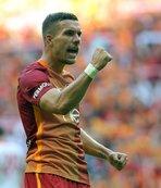 Podolski, Türkiye kararından çok memnun