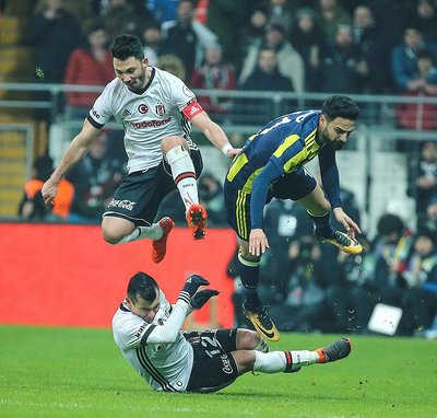 Tolgay Arslan'dan Fenerbahçelileri heyecanlandıran hareket